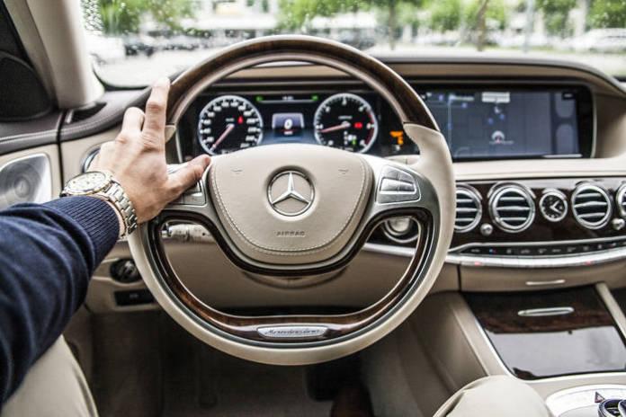 Samochody firmowe - co warto wiedzieć?